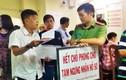 Cận cảnh 1.000 người chen nhau làm hộ chiếu ở TP HCM