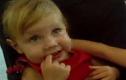 Phẫn nộ cặp vợ chồng tra tấn con gái 2 tuổi đến chết