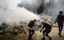 Biểu tình tiếp diễn ở Myanmar: Hơi cay, khói lửa mù mịt