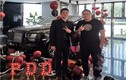 """Soi cuộc sống xa hoa đến """"loá mắt"""" của streamer giàu nhất xứ Trung"""