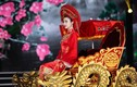 """Sao Việt đẹp """"bấn loạn"""" trong trang phục Thánh Mẫu"""