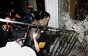 Video cảnh sát Hồng Kông chống đỡ người biểu tình