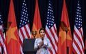 Bị chê khi hát Quốc ca trước ông Obama, Mỹ Linh nói gì?