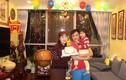 Danh hài Tự Long đón sinh nhật hạnh phúc bên vợ con