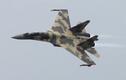Lác mắt với tuyệt kỹ nhào lộn của thần chết trên không Su-35S