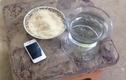 Ngâm iPhone 4 dưới nước 1 năm, sững sờ khi vớt lên