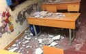 Mảng trần nhà rơi xuống lớp học, 3 học sinh tiểu học phải cấp cứu
