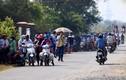 Đổ xô đi xem bắt kẻ xả súng sới bạc 4 người chết: Dân Việt đang liều mạng?