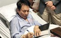 Nhạc sĩ Phú Quang nhập viện, phải thở bằng máy