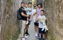 BTV Quang Minh vui vẻ thăm Hội An cùng vợ và 4 con trai