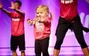 Vũ điệu Zumba kinh ngạc của bé gái 6 tuổi