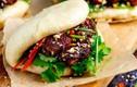 """""""Chảy nước miếng"""" với món bánh bao kẹp thịt hấp dẫn ở Đài Loan"""