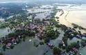 Ngập lụt ở Chương Mỹ: Ám ảnh nước gần chạm nóc nhà dân