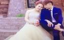"""Danh tính đôi vợ chồng hôn nhau """"quên trời đất"""" trong lễ cưới"""
