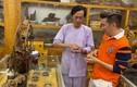 Căn phòng trầm hương trị giá cả trăm tỷ của Hoài Linh