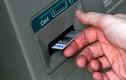 Bắt một người Nga dùng thẻ ATM giả tại Nha Trang