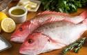 Ăn cá hồng chuối, 10 người tụt huyết áp đột ngột, cấp cứu vội