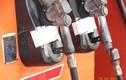 Đồng loạt khám xét 16 điểm kinh doanh xăng dầu ở nhiều địa điểm