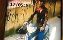 Tài xế mặc áo GrabBike bị cứa vào cổ cướp xe máy ở Sài Gòn
