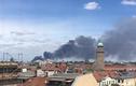 Chợ Đồng Xuân ở Berlin bốc cháy dữ dội
