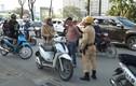 Video: Theo tổ công tác đặc biệt cảnh sát Thủ đô bắt lỗi giao thông