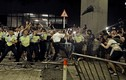 Video: Đụng độ nghiêm trọng giữa cảnh sát và người biểu tình Hong Kong