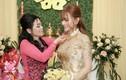 Fan tràn sang facebook mẹ chồng Thu Thủy yêu cầu dạy lại con trai