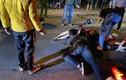 Video: Hiện trường hai xe máy tông nhau 3 người nguy kịch tại Hà Nội