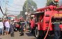 TP HCM: Hỏa hoạn kinh hoàng thiêu rụi 11 ki ốt, 1 người chết