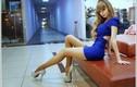 Hot girl Nga trông như búp bê với vòng eo nhỏ khó tin