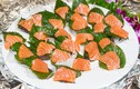 Ăn cá hồi cực tốt nhưng tránh ăn theo cách này kẻo rước họa vào thân