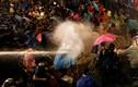 Cảnh sát Thái Lan dùng vòi rồng trấn áp người biểu tình