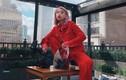 Gu thời trang sành điệu của nữ tổng biên tập trẻ nhất tạp chí Vogue