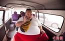 Hot boy trở thành béo phì, tăng lên 255kg vì ...thất tình