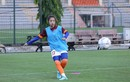 Nữ cầu thủ U19 Việt Nam chiếm sóng MXH, tưởng ai hóa người quen