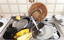 Rửa bát tưởng dễ nhưng nhiều người thực hiện sai cách, làm tăng nguy cơ mắc ung thư cho cả nhà