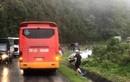 Xe khách va chạm với ôtô con khiến 2 người tử vong tại chỗ