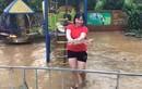 Video: Sau ngập lụt kinh hoàng, người dân TP Hà Giang đua nhau bắt cá