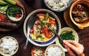 Thực phẩm người mắc ung thư nên ăn và 'cấm động đũa'