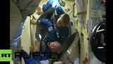 Nhà du hành vũ trụ vào trạm không gian như thế nào?