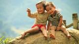 Để trẻ em bẩn hay sạch tốt hơn?