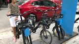 Hà Nội: Xót xa nhìn xe đạp thông minh chỉ để... phơi mưa nắng