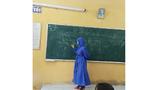 Cô giáo hóa thân thành ninja lên lớp giảng bài giữa dịch Corona hoành hành