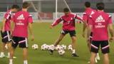 Cristiano Ronaldo phô diễn kỹ thuật trước trận đụng độ AC Milan