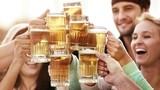 Điều gì xảy ra với con người khi uống một ly bia?