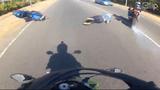 Clip: Bốc đầu mô tô và cái kết bất ngờ