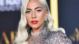 Không còn mặc thảm họa, Lady Gaga xuất hiện đẹp lộng lẫy
