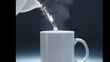 Điều gì xảy ra khi bạn uống nước nóng cả ngày