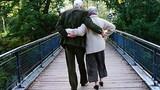 Video: Tình yêu vĩnh hằng của ông cụ 93 tuổi