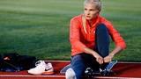 """Nữ VĐV điền kinh soán ngôi """"búp bê Nga"""" của Sharapova"""